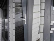 Алюминиевый профиль в деревянном доме фото. 7